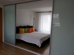 Předělení ložnice / connex mléčný / LED osvětlení